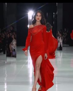 Ruby red satin off-the- shoulder slit sheath evening maxi dress / evening gown, featuring long sleeves and a draped bodice embellished with red crystal chainmail. Spring Summer 2018 Couture Collection by Ralph & Russo on Fashion Channel Couture Fashion, Runway Fashion, Elegant Dresses, Formal Dresses, Sexy Dresses, Wedding Dresses, Dresses Dresses, Dance Dresses, Homecoming Dresses