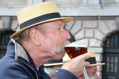 FOTO. Antwerps Bollekesfeest in volle zon - Gazet van Antwerpen