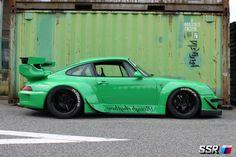SSR Photo Gallery | RAUH-Welt Porsche 911 on SSR Professor SP1