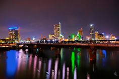 Nomadic Pursuits - HDR travel photography blog by Jim Nix - Top Photo Spots in Austin - Top photo spots inAustin