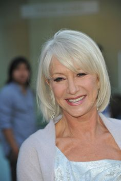 Women Who Rock Gray Hair (PHOTOS) Gray Hair: 25 Women Who Rock Silver Locks//Helen Mirren--so beautifulGray Hair: 25 Women Who Rock Silver Locks//Helen Mirren--so beautiful Mom Hairstyles, Hairstyles Over 50, Trendy Hairstyles, Scene Hairstyles, Older Women Hairstyles, Long Gray Hair, Silver Grey Hair, Grey Hair Over 50, Grey Hair With Bangs