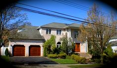 Daily Sold Home is brought to you by our awesome sister realtor team, Susan Frazier and Geralyn Liverani! They sold 120 Goff Ave, a five bedroom and five bathroom colonial home, located in Princes Bay, for $990,000! http://www.realestatesiny.com/ #RealEstateSINY #StatenIsland #NewYork #DailySoldHome #RealEstate #Sold #PrincesBay