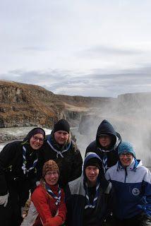 Partioharrastus on ollut iso osa elämääni yli 10 vuoden ajan. Minulla on runsaasti johtajakokemusta lukuisilta leireiltä, tapahtumista ja usean lapsiryhmän ohjaamisesta. Toimin lippukuntamme hallituksessa vuosina 2007-2010 ja olen toiminut monissa vastuutehtävissä, mm. tiedottajana. Kuva on Islannista vuodelta 2013, projektista, jossa toimin  ohjelmavastaavana.