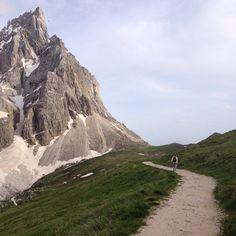È tempo di mettersi in #cammino e sognare ! #Dolomiti