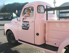 ..and what to my magical eyes did appear, but a pale pink truck and....