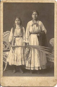 Cabinet Card of a Native American Woman and Her Daughter