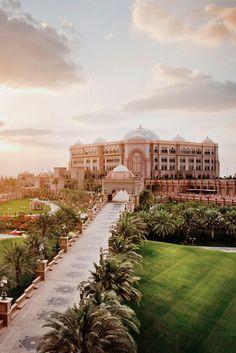 Emirates Palace, Abu Dhabi: Eine der Hotelikonen der Welt mit allen Extravaganzen. Ein Traum aus 1001 Nacht!