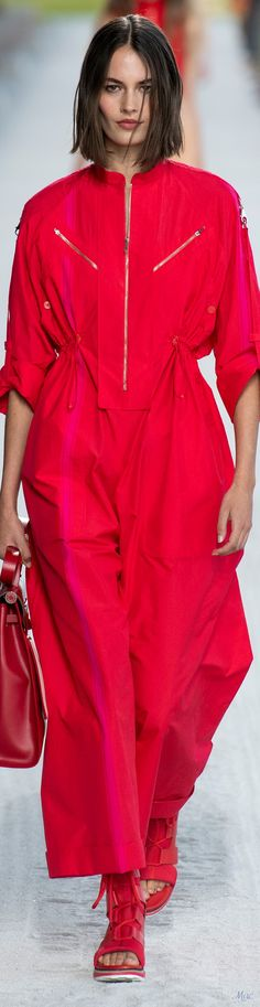 63 New Ideas For Hair Trends 2019 Summer Red Fashion, Spring Fashion, Girl Fashion, Vintage Fashion, Womens Fashion, Fashion Trends, Hermes, Korean Shirts, Fashion Magazine Cover