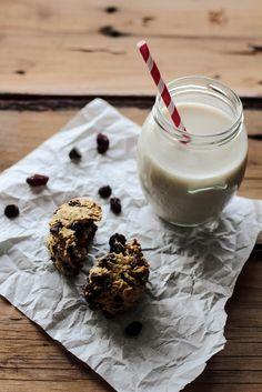 Chocolate Chip Raisin Cookies by pastryaffair