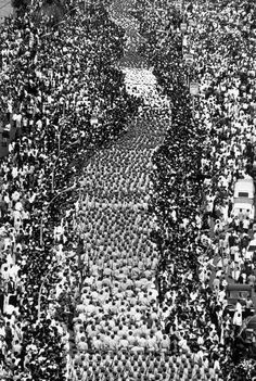 EGYPT. Cairo. President NASSER's funeral. 1970. More than three million people arrived from all over Egypt to attend the funeral at the Kubbeih Republican Palace.