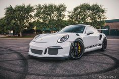 Let's have a talk! Comment your favorite or least favorite thing about Porsche!