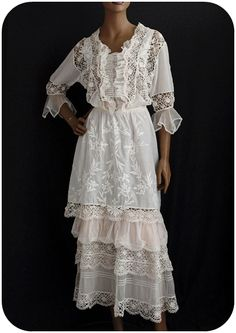 ... vintage lace - beautiful