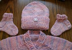 http://www.ravelry.com/patterns/library/basic-hat-12