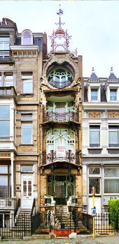 Villa Saint-Cyr, Ambiorix Square, Brussels. A Flamboyant and Baroque Art Nouveau Mansion built 1901-1903 for Painter Georges Léonard de Saint-Cyr. Designed by Architect Gustave Strauven.
