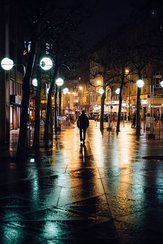Leaving Darkness Behind II | Frankfurt am Main, 2015 Found t… | Flickr
