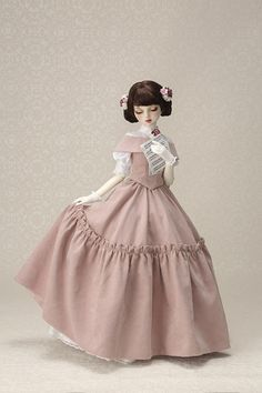 2 Little Women dolls plus free domestic shippine event… Pink Doll, Usa News, Bjd Dolls, Cinderella, Snow White, Costumes, Disney Princess, Disney Characters, Cute