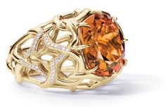 David Yurman Venetian Quatrefoil ring with faceted madeira citrine and pavé diamonds set in 18-karat gold.
