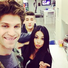 Janel, Keegan, and Cody at the ABC Family offices! Ashley Benson, Abc Family, Films Netflix, Netflix Series, Preety Little Liars, Janel Parrish, Cody Christian, Film Serie, Celebs
