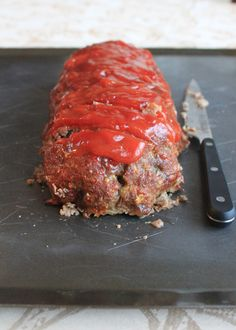 Classic Meatloaf.. Yummy and all ingredients you probably have! Many more Recipes at theculturaldish.blogspot.com