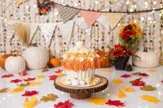 Fall First Birthday, Fall 1st Birthdays, Pumpkin 1st Birthdays, Pumpkin First Birthday, Birthday Cake Girls, First Birthday Cakes, Halloween Birthday, 1st Birthday Parties, Birthday Ideas
