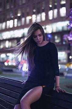 """DASHA"" by Anna Vladimirova | Night city portraits"