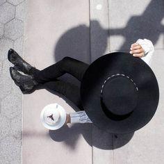 Black skinny jeans & wide brimmed hat