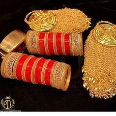 Beautiful kaleere and bridal chooda by 😍😍👰💅🏻👠💄🔔💍🎉 😘😘 Bridal Outfits, Bridal Wedding Dresses, Bridal Style, Bride Dresses, Bridal Bangles, Bridal Jewelry, Gold Jewelry, Gold Bangles, Beaded Jewelry