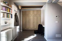 luce torino progettazione illuminotecnica appartamento privato illuminazione Apartment Lighting, Indirect Lighting, Lighting Design, Entryway, Torino, Furniture, Home Decor, Light Design, Entrance