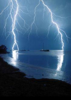 Ride The Lightning, Thunder And Lightning, Lightning Strikes, Lightning Bolt, Tornados, Thunderstorms, Pictures Of Lightning, Storm Pictures, Natural Phenomena