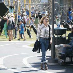 Greys Anatomy, Kate Walsh, Ellen Pompeo, Meredith Grey, Idol, Actresses, Clothing, Women, Style