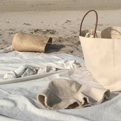 Beach Aesthetic, Aesthetic Girl, My Themes, Photo Dump, Straw Bag, Reusable Tote Bags, Beige, Beach Town, Chill