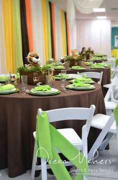 Jungle 1st Birthday Boy Party | CatchMyParty.com Look at the wall. Could be recreated with plastic table cloths