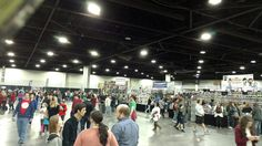 I didn't take a lot of photos at Heroes & Villains Fan Fest in Atlanta. #hvff #hvffatlanta Here's a crowd shot.