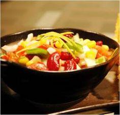 Summer Bean and Sweetcorn Salad Recipe Salad Bar, Soup And Salad, Sweet Corn Salad Recipe, Salad Recipes, Healthy Recipes, Savoury Recipes, Corn Salads, Frijoles, Eating Clean