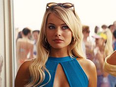Margot Robbie as Naomi in 'The Wolf of Wall Street' Margo Robbie, Margot Robbie Lobo, Margot Robbie Hair, Margot Robbie Style, Pretty People, Beautiful People, Hearly Quinn, Wolf Of Wall Street, Celebrity Beauty