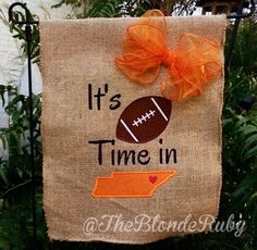 It's football time in Tennessee! Garden flag. Go Vols! VFL @theblonderuby