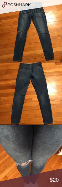 American eagle jeggings Like new distressed jeggings from American eagle. Size 6 but stretchy. American Eagle Outfitters Jeans Skinny