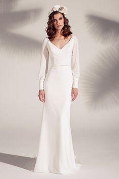 Wedding Dresses Plus Size Ball Gown Minimalist Wedding Dresses, Wedding Dresses Plus Size, Wedding Dress Sleeves, Princess Wedding Dresses, Elegant Wedding Dress, Colored Wedding Dresses, Bridal Dresses, Ball Dresses, Ball Gowns