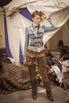 136ddf68e70a4c76ea137e4ee329bc8f--sexy-steampunk-steampunk-fashion.jpg (533×800) #steampunkfashion,