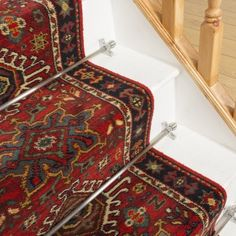 Stylish stair carpet ideas and inspiration. So you can choose the best carpet for stairs.Quality rug for stairs, stairway carpets type, etc. Staircase Runner, Hall Runner Rugs, Hallway Carpet Runners, Cheap Carpet Runners, Stair Runners, Stairway Carpet, Carpet Stairs, Wall Carpet, Bedroom Carpet