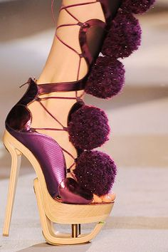 John Galliano Fall 2009 shoe collection