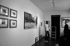 """Montaje exposición """"Te de manatí y otras imágenes"""" de Mauricio Toquica."""