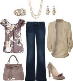 Casual with pearls - yes please!