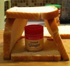 This is the easiest gingerbread house you will EVER make! And so cute, don't you agree???! :)