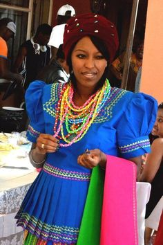 Beautiful Pedi wife in traditional Pedi gear. Pedi Traditional Attire, Sotho Traditional Dresses, South African Traditional Dresses, Traditional Wedding Dresses, Traditional Outfits, Traditional Fashion, Traditional Decor, African Print Dresses, African Print Fashion