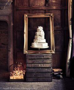 Rustic wedding cake display - so pretty! #wedding #weddingcake #cake #farmhouse #barnwedding