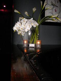 #shabbychic #whiteorchids #whiteflowers #floralarrangements