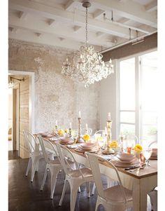 i like chandeliers