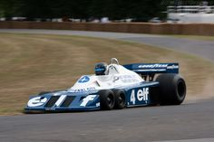 Tyrrell P34 Cosworth-look close at the front end.