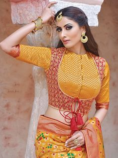 Bridal Blouse Designs 2020 Latest Saree Blouse Designs For Wedding, Hey Pretty! Do you like saree or love to wear saree on big events? If you prefer saree design on other dress designs then it is true that you are an Indian. Choli Blouse Design, Blouse Designs High Neck, Wedding Saree Blouse Designs, Designer Blouse Patterns, Fancy Blouse Designs, Latest Blouse Patterns, Wedding Silk Saree, Back Neck Designs, Dress Designs